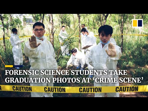 Forensic science students in China take graduation photos at 'crime scene'