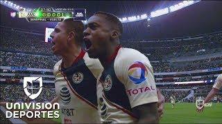 Renato Ibarra marca el 1-0 de América sobre Pumas