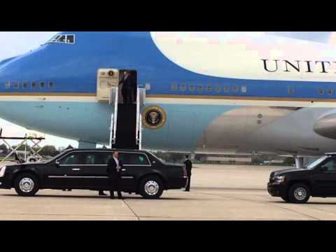 See President Obama land in Flint on Air Force One