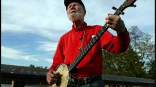 Pete Seeger - What Shall We Do With The Drunken Sailor?