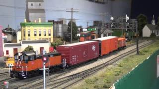 Milwaukee Road crew brings train into Yard