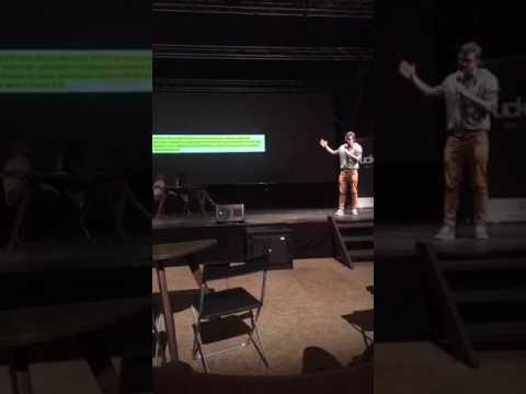 Janek Rubeš na Fuckup Night v Ústí nad Labem