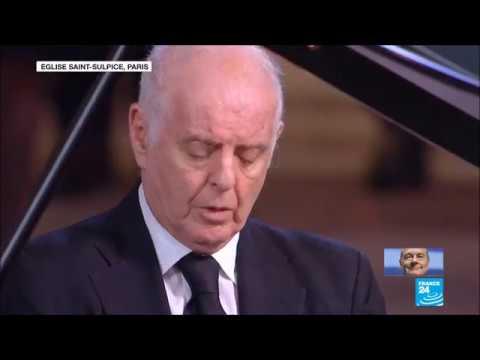 Obsèques Jacques Chirac Daniel Barenboim  Impromptu Op.142 (D.935) No.2 In A Flat Major Schubert