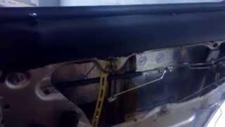 Установка  центрального замка на заднюю дверь ВАЗ 21013(Решение проблемы тугого привода запирания замка на задней двери копейки своими руками. Платить АЖ 150 гривен..., 2013-06-17T10:41:47.000Z)