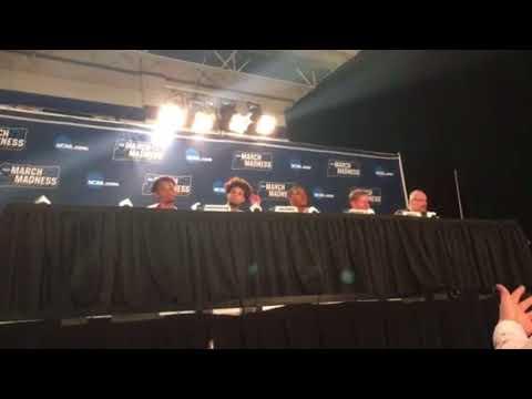Gonzaga players/Mark Few post Ohio State