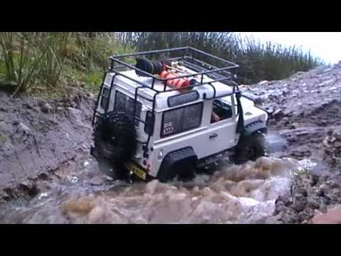 RC Defender 90 2nd Test Heavy Rain Expedition
