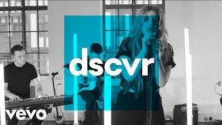 Ella Henderson - Ghost (VEVO dscvr Live)