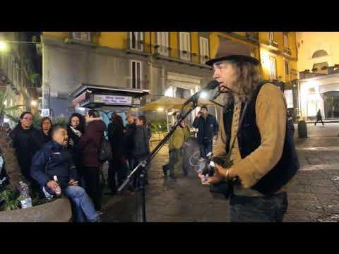 Napoli: Una Citta Per Cantare