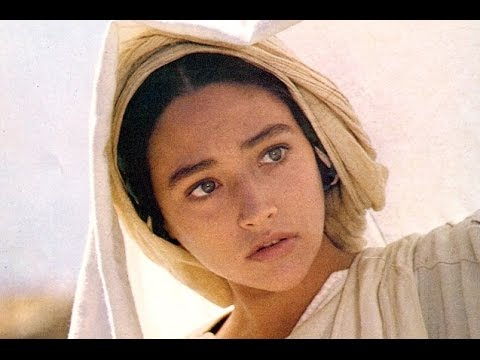 "The Most Beautiful ""Ave Maria"" I've ever heard (with translated lyrics / english subtitles)"