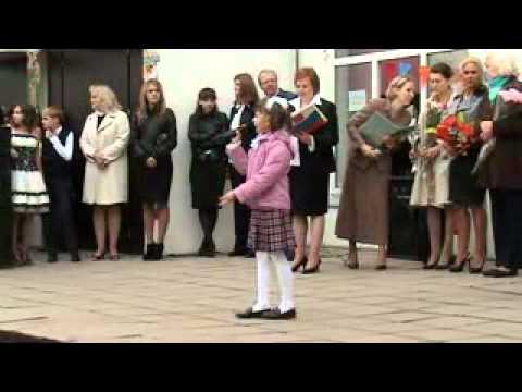Первое сентября 2010-2011г. ГОУ СОШ №14.flv