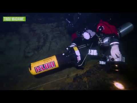 Cave diving: France