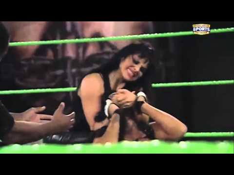 FCW 12-18-2011 Queen Of FCW Match ( Aksana...