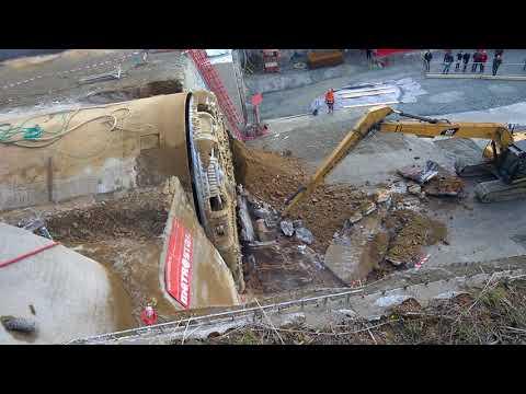 Prorážka tunelu ejpovice 7.10.2017 - odstraňování betonu po prorážce