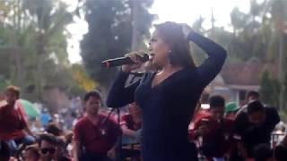 NISA FARISA GOYANG AGER AGER LAGI HARUSNYA AKU BERSAMA MELON MUSIC LIVE KEDUNGASRI