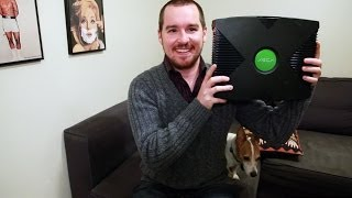 Video Guy is Tricked Into Thinking Original XBOX is an XBOX One download MP3, 3GP, MP4, WEBM, AVI, FLV Oktober 2018