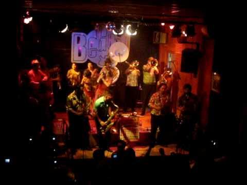 banda conmoci n culebrera sala begood barcelona 2009