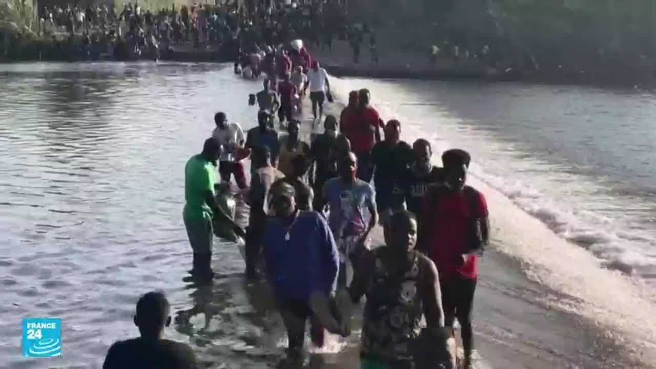 بعد احتجازهم لأيام تحت جسر في تكساس.. السلطات الأمريكية تمنع آلاف المهاجرين من دخول أراضيها  - نشر قبل 14 ساعة