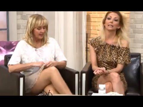 Dagmar Krautscheid and guests show legs