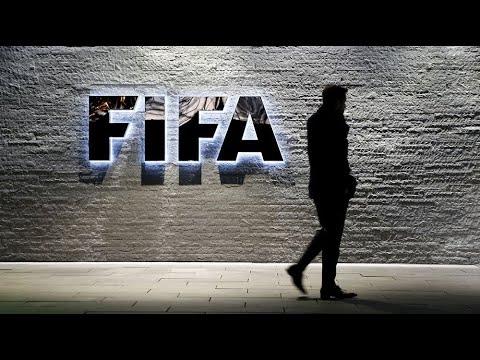 فيفا يدرس سحب تنظيم مونديال 2022 من قطر  - 10:23-2018 / 2 / 24