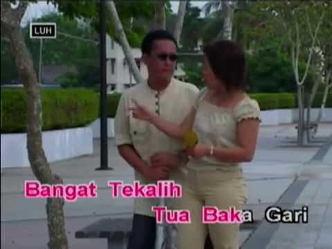 Apek - Johnny Aman & Angela Lata Jua