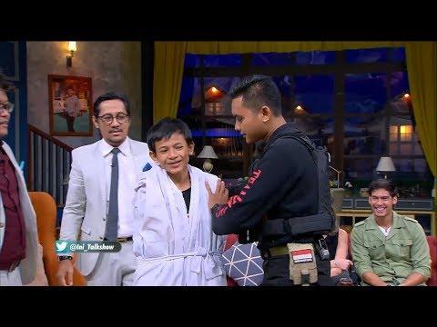 Pocong Yang Tertangkap Tim Jaguar Datang Ke Ini Talk Show