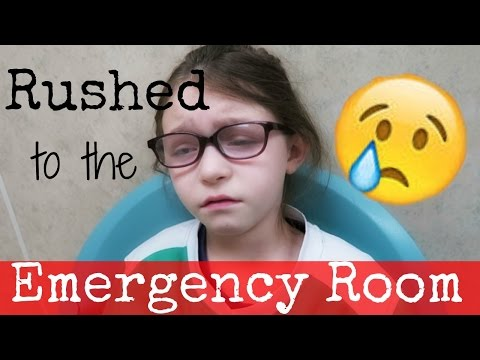 RUSHED TO THE EMERGENCY ROOM | VLOGMAS DAY 21| Somers In Alaska Vlogs