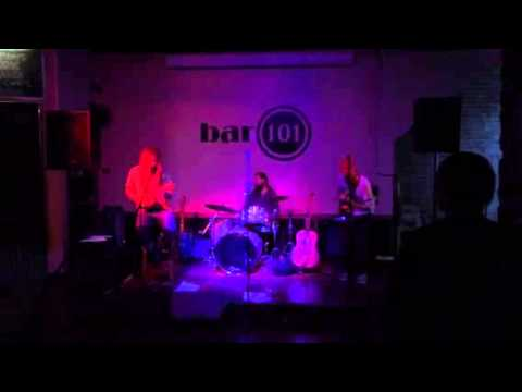 Ruppidy Buppity Live At BAR 101 In Roseville, CA.