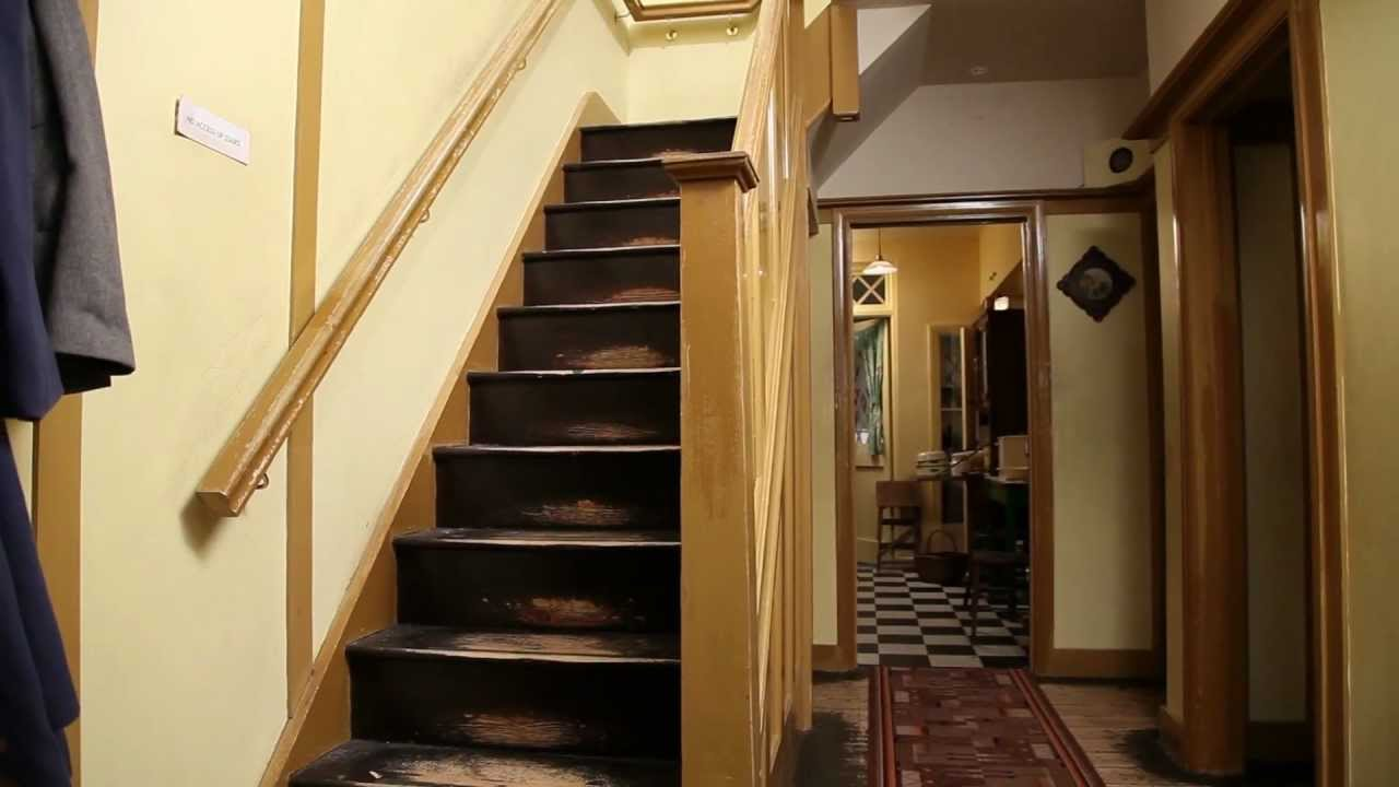 The 1940s House: The Entrance Hall   YouTube