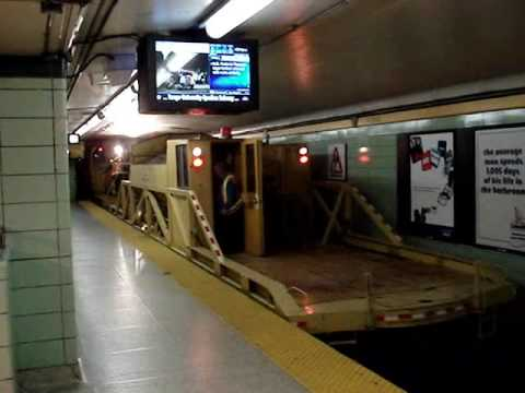 how to go to st.george subway station and which tarin