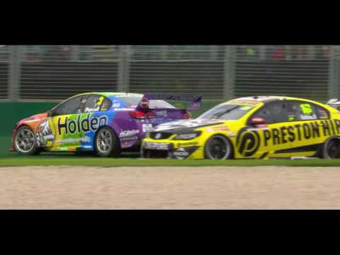 Formula 1 2017 Melbourne - Supercars (Nick Percat/Lee Holdsworth Massive Crash)