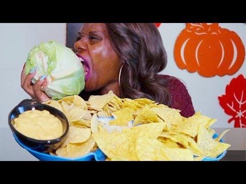 NACHO CHEESE MUKBANG ASMR Eating Sounds/BIG CRUNCH | STORY TIME