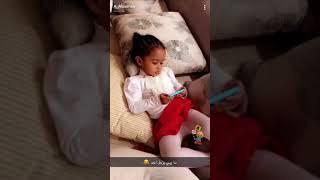 هيفاء وخوان عبد الرحمن صغار !