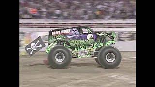 Freestyle Grave Digger pt  1 Monster Jam World Finals 2001