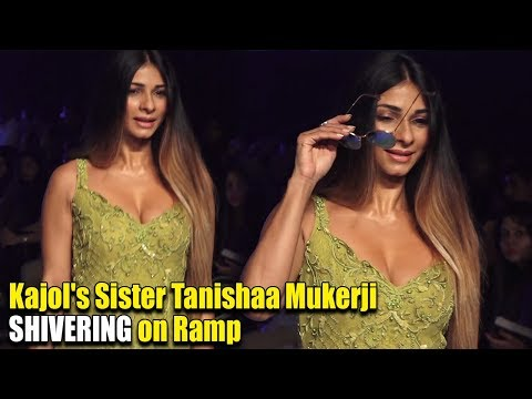 Ramp Walk करते समय काँपने लगी Kajol की बहन Tanishaa Mukerji   Bombay Times Fashion Week Day 3