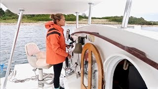 Fall Downwind Sailing to Block Island - She was Terrified!!