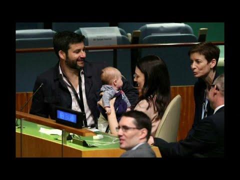 شاهد: رضيعة رئيسة وزراء نيوزلندا تشارك في اجتماعات الأمم المتحدة…  - 11:54-2018 / 9 / 25