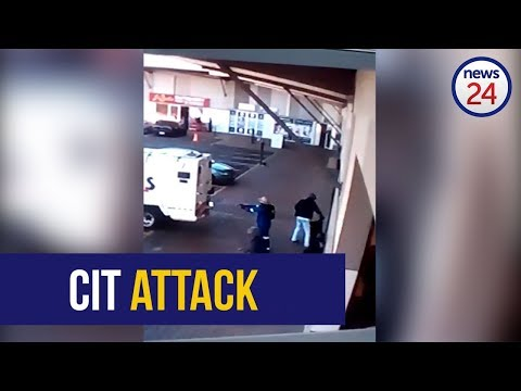 WATCH: Armed thieves attack cash-in-transit guards in Boksburg