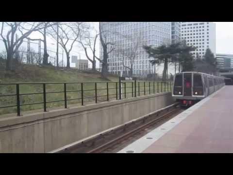 DC Metro (WMATA): 6 Cars train to Shady Grove at White Flint
