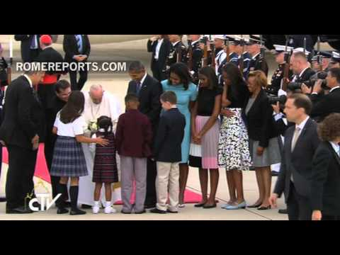 Pope is welcomed to the U.S by President Obama