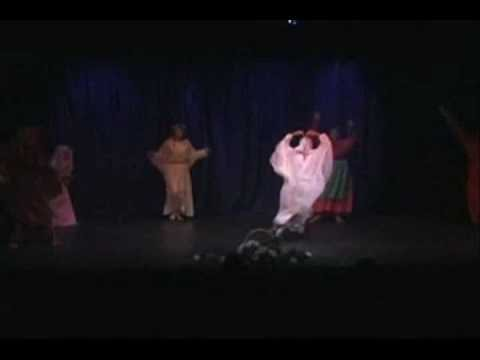 Tara Performing Arts High School: Snow White and Rose Red