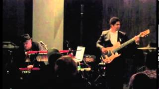 3. Human Element Live @ The Blue Whale (Los Angeles) - Crazy Girl