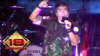 Video Samsons - Kisah Tak Sempurna  (Live Konser Padang 17 Agustus 2007) download MP3, 3GP, MP4, WEBM, AVI, FLV Mei 2018