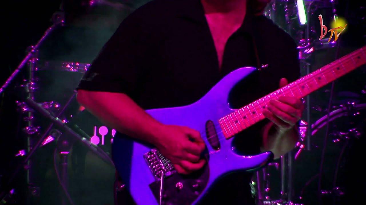 Download Saga - Don´t be late - HD Version - live Mannheim 2007 - by b-light.tv