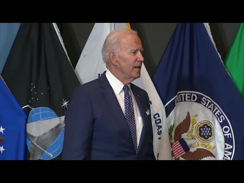 Biden says considering vaccine mandate for federal workers