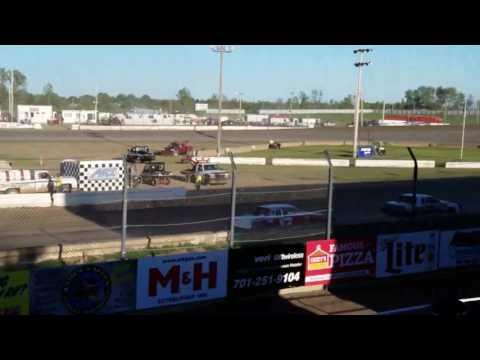 Jamestown Speedway - Wissota Street Heat# 2, 6-3-17