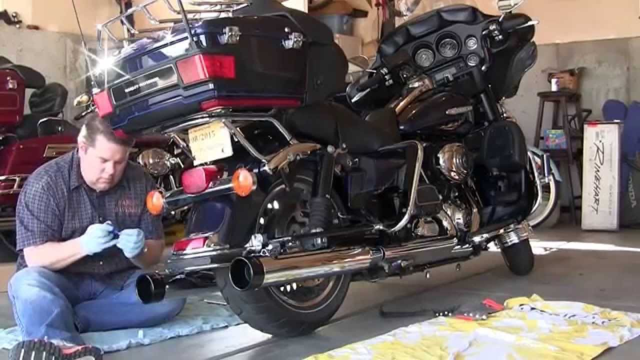 Rinehart Slip ons replacing stock exhaust on Harley Davidson FLHTK Electra  Glide Ultra Limited