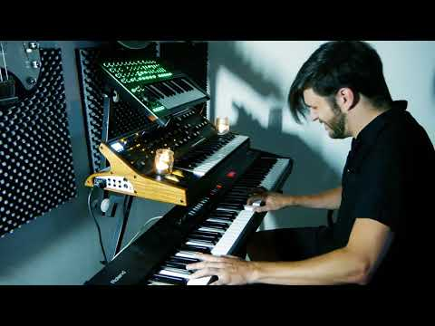 WOS - PURPURA (Improvisación a Piano)