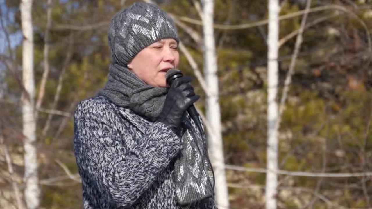 В Ленске люди выступали в поддержку мэра