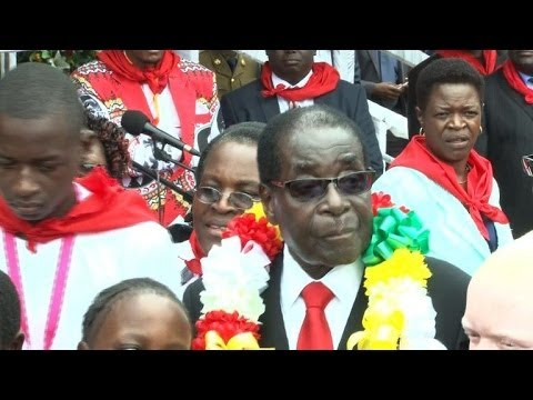 Zimbabwe : Robert Mugabe fête ses 90 ans