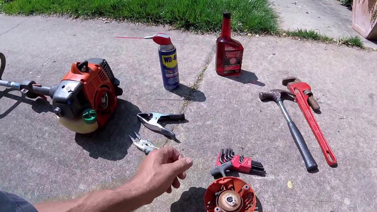 How to fix a Seized Gas Powered String Trimmer